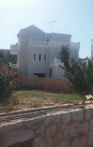 Green garden house - Kounoupidiana - Şehir evi
