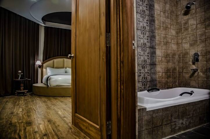 Amour Crest - Theog - Boutique hotel