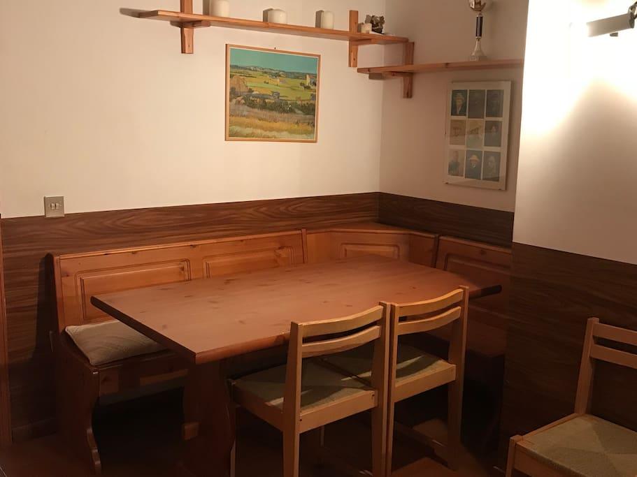 Tavolo in salone