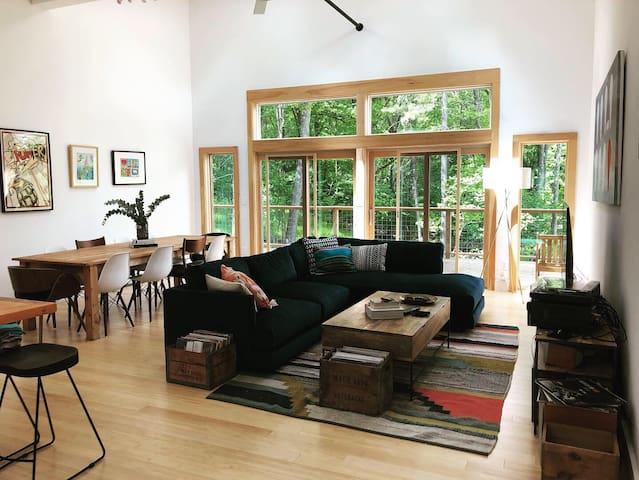 Spacious and quiet - a dream Catskills getaway