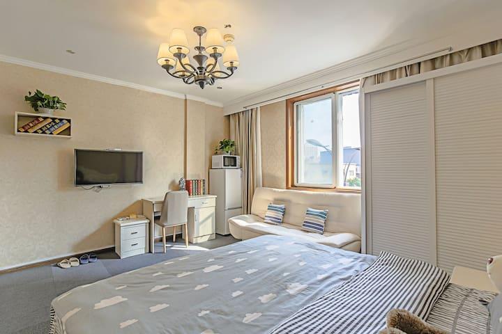 温馨舒适大床房2