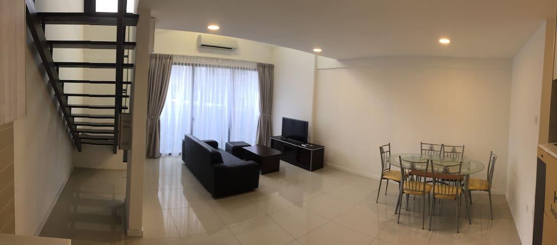 D'Latour Duplex Soho@Bandar Sunway - Bandar Sunway - Daire