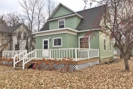 Beautiful 100+ year old 3 bed 1.5 bath house.