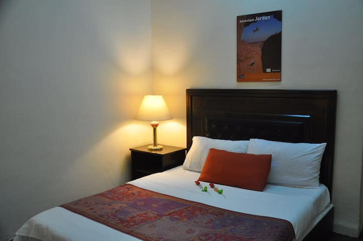 ★★ Private  Room Family owned boutique hotel