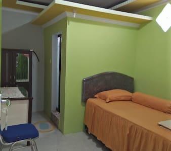 Muara Kayong Guest House