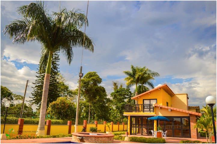 Finca Hotel Villa 2 Muskat Para 20 Personas