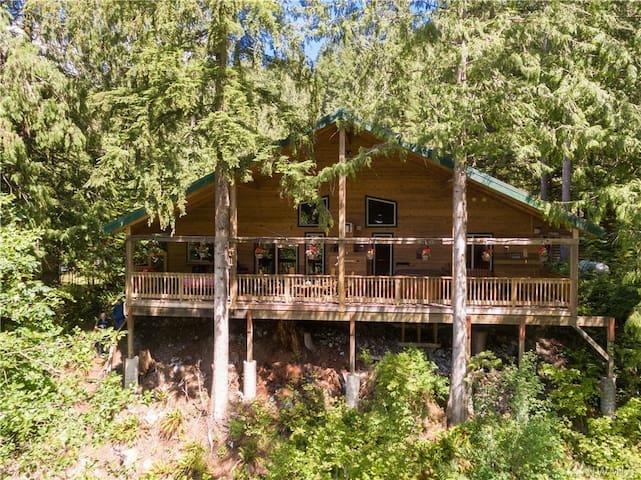 Glacier Creek Cabin