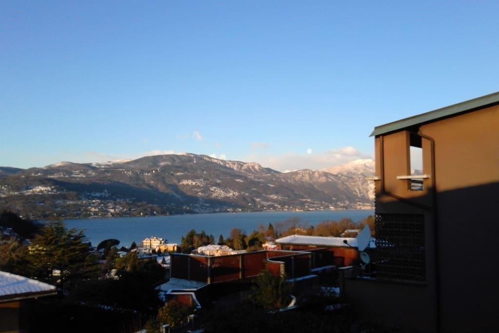 Vista invernale dal salone/balcone