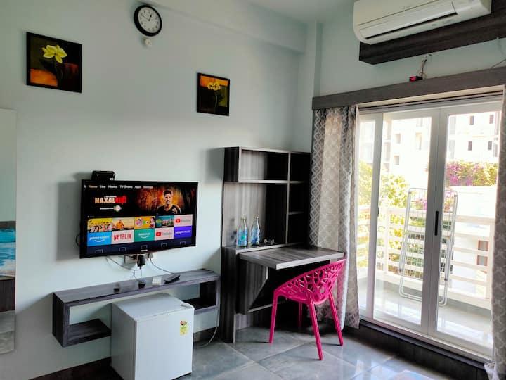 Shrivardhan Homestay Private Room 202