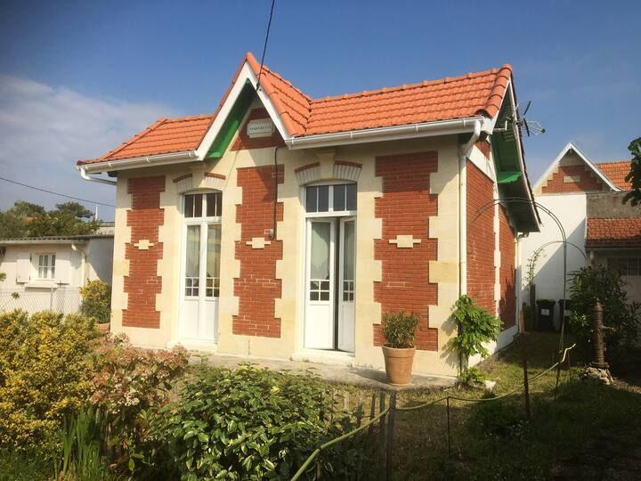 House with 2 bedrooms in Soulac-sur-Mer, with enclosed garden - 200 m from the beach