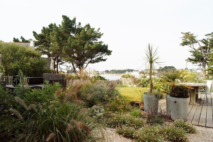 Maison avec vue exceptionnelle sur la ria d'étel