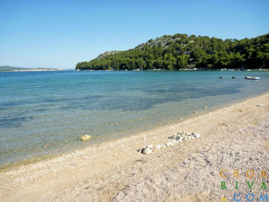beach in Žaboric 10 minutes from home Karmela