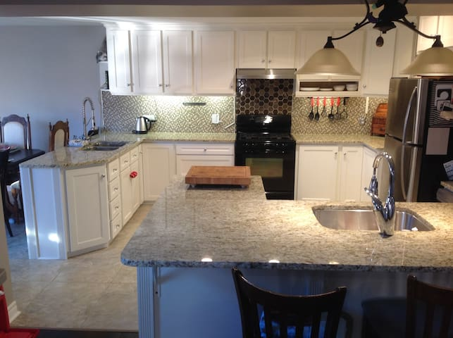 Beautiful home in the heart of Pouch Cove