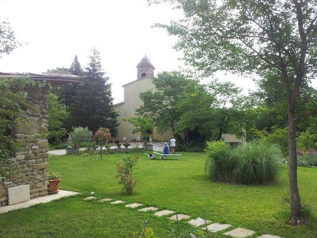 B&B Pieve di Balsomigno - Urbania - ที่พักพร้อมอาหารเช้า