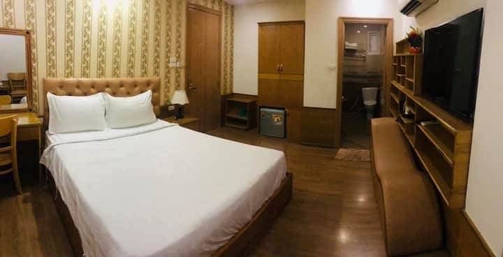 Clean Standard Room at Win Hotel