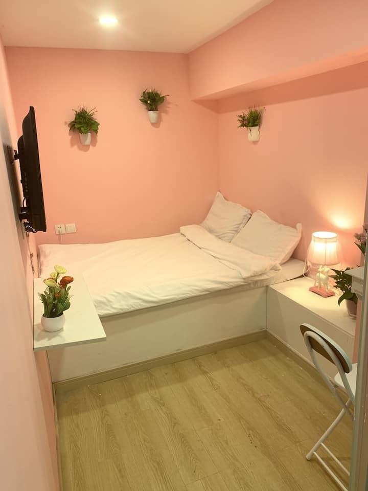 轻奢178南京路步行街人广外滩温馨大床房