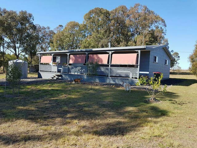 Jack's Rest 3BR 10 acres retreat 22km  to Nanango