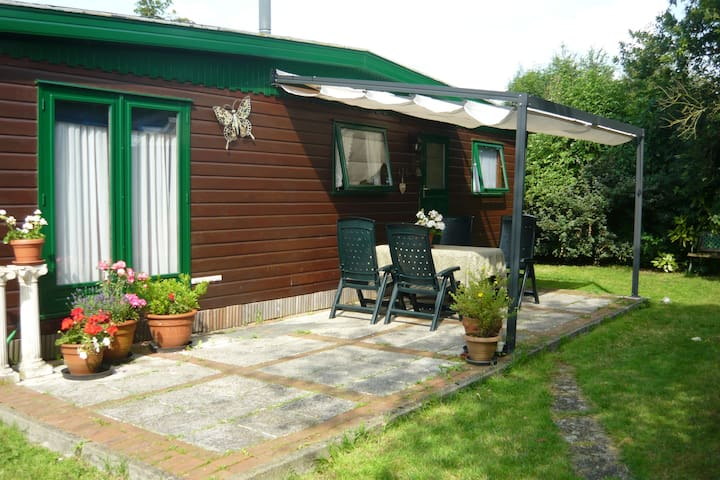 4 Pers. Chalet op leuke camping mét zwembad - Doesburg - Chalupa