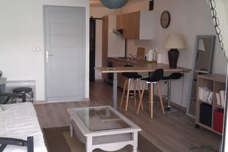 Appartement cosy situé à 15km de la mer