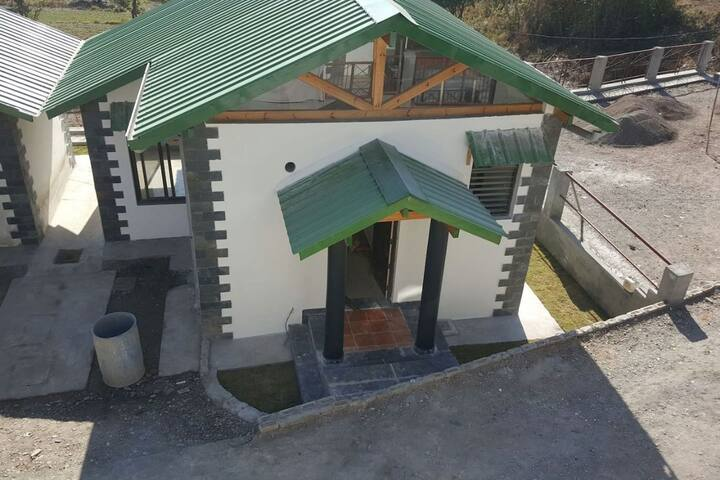 Sunshine  Cottage, Bhimtal