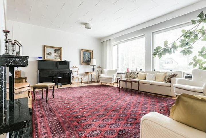 Private Rooms in spacious Kulosaari residence