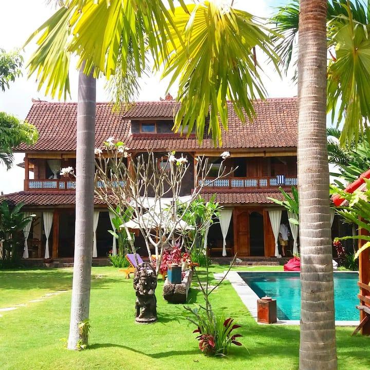 Luduzen Villa, Bali Canggu, with 2 bedrooms