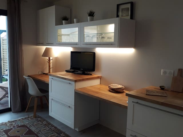 Studio, dépendance d'une villa
