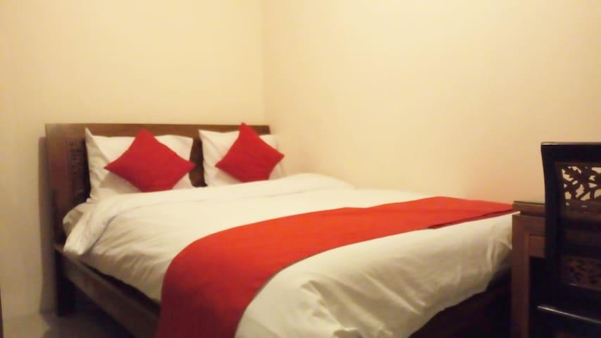 Cisitu Valley Villa (Room no. 7)