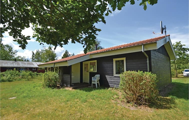 Holiday cottage with 3 bedrooms on 75 m² in Brovst