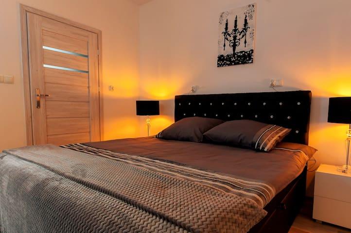 Aparthotel Zabrze. Apartament Złoty.