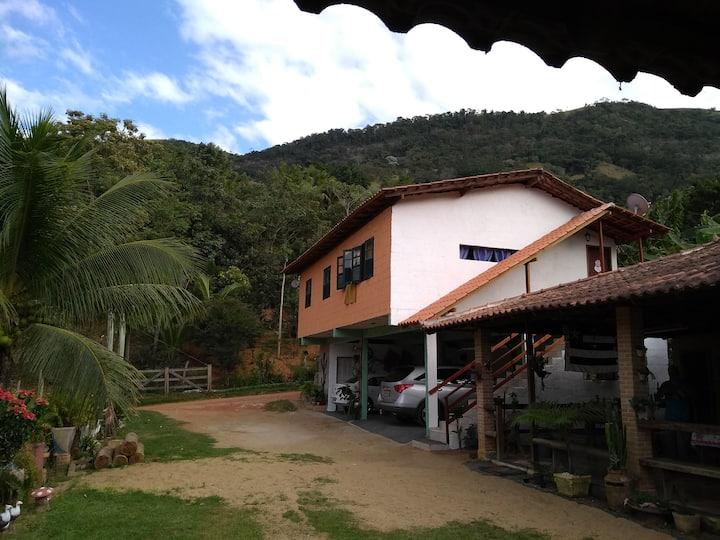 Casa em Cachoeira Alta, interior de Alfredo Chaves