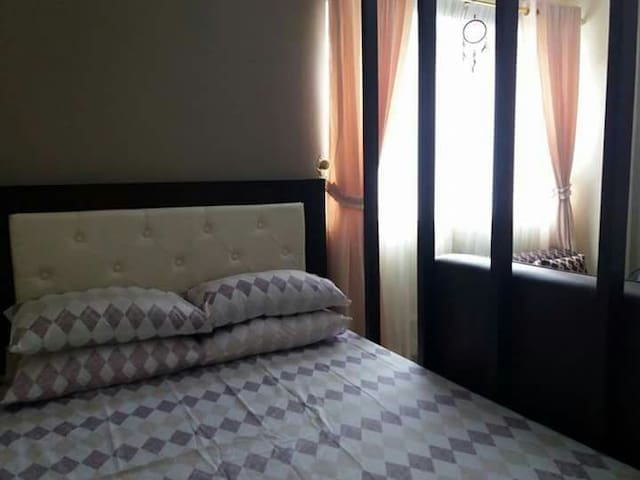 WHARTON 5F9, North Cambridge Condominium - Baguio - Apartment