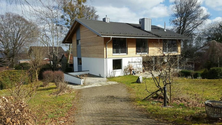 Beautiful terrace flat near Munich - Schäftlarn - Apartament