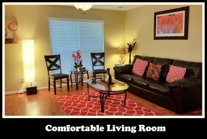 Furnished 3 bedroom townhome in Duncanville, TX - Duncanville - Şehir evi