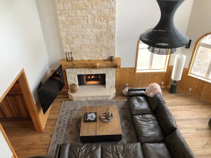 Remodeled Home with Best Lake Views in Big Bear