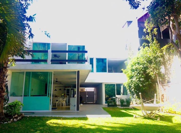 Casa en Tequesquitengo con Alberca