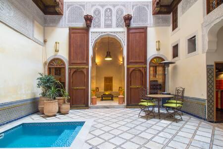 Dar El Assad maison entière à louer