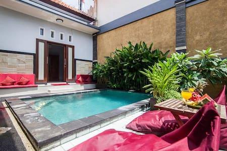 Villa Mita beach Seminyak Legian - Badung - Villa
