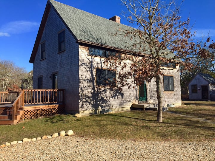 Charming Getaway Post&Beam Home Cozy and Sweet