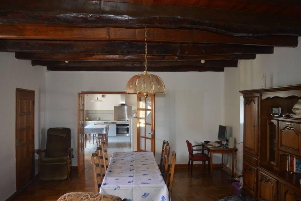 Vue intérieur salle cuisine