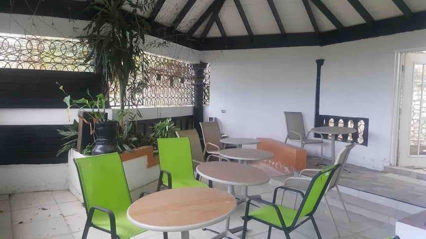 Suninnorbrook Villa Double Room with En-suite RM2