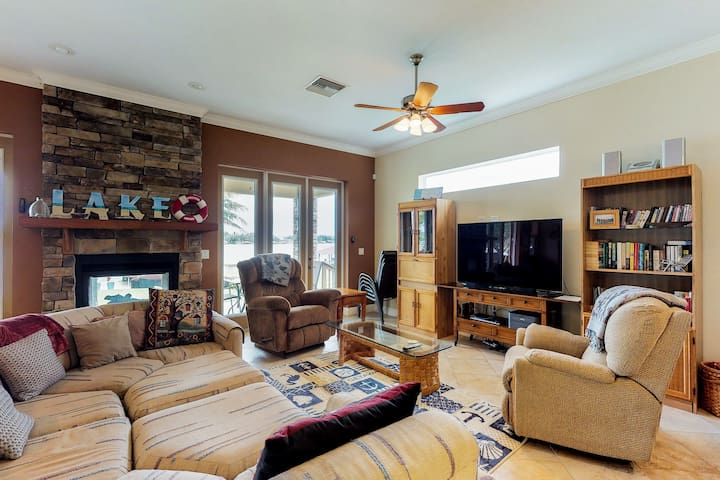 Dog-friendly lakefront home w/ private dock & nearby beach - snowbirds welcome!