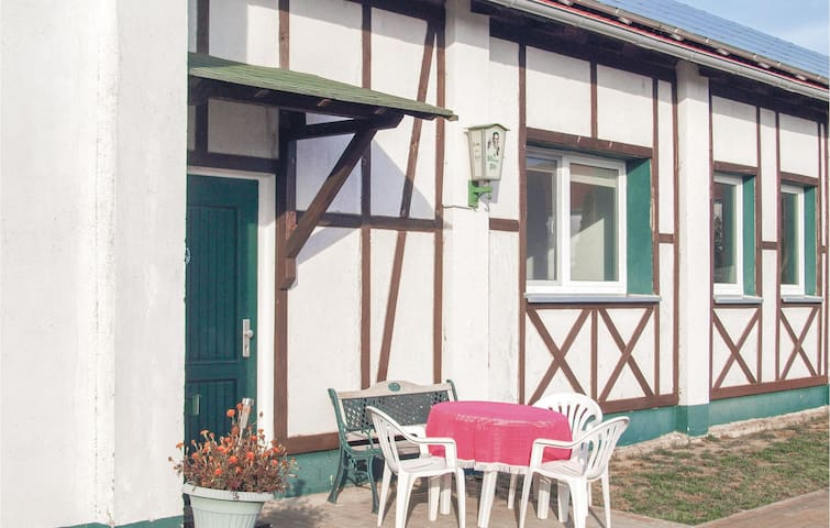 Holiday apartment with 2 bedrooms on 50m² in Milmersdorf