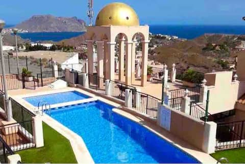 New apartment with swimming pool and views in Águilas
