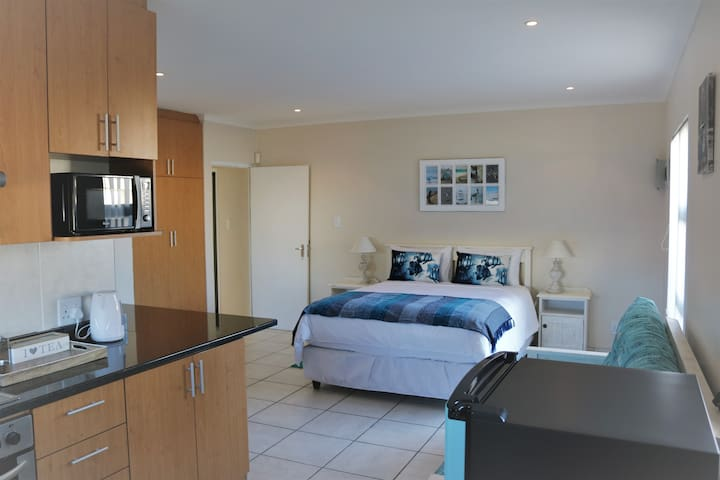 Langebaan private self catering studio appartment