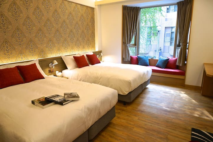 Exquisite quadruple room-EG Hostel - Nantou City
