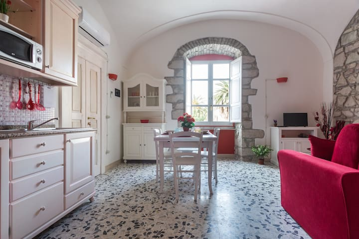 Bosa Borgo Accommodation Sun - Bosa - Apartment