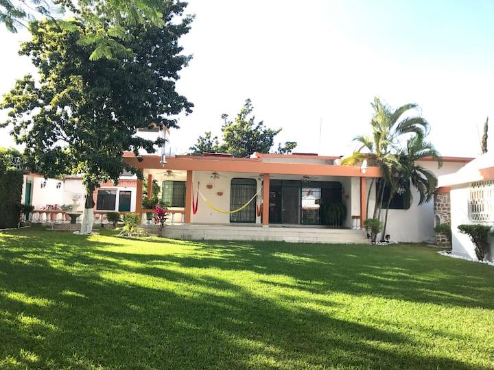 Beautiful House in Tequesquitengo, Mor