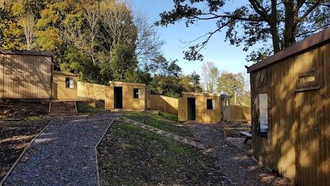 Cabin Noddfa, near BikePark Wales & Brecon Beacons