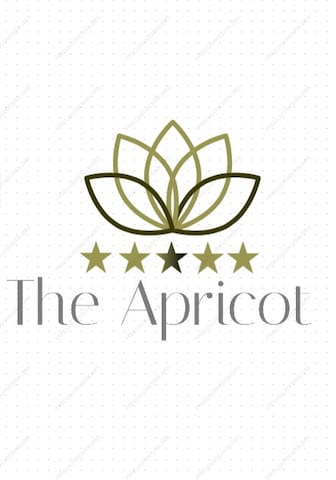 The Apricot-Holiday home